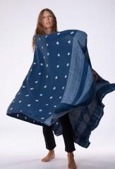 BANDED ALL OVER DOTS SHAWL IN NIGHT SKY & IVORY   100% CASHMERE, HAND TIE DYED