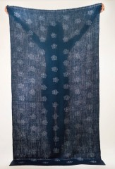 Reverse Blossom Float Shawl in Black Teal & Ivory