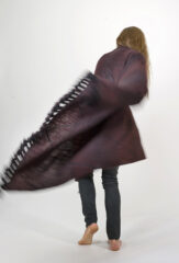 SGUGU SHAWL IN FUR BROWN & BLACK IRIS