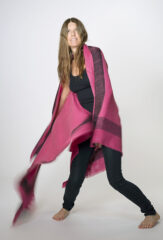 SAN CRISTOBAL SHAWL IN BARRAGAN PINK & FUR BROWN