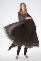 HERRINGBONE PONCHO IN FOURREAU NOIR