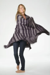 ALL OVER BANDED HERRINGBONE SHAWL IN FUR BROWN & IVORY