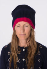 DIPPED EDGE CAPPELLO INGHLESE IN NAVY & HOT PINK