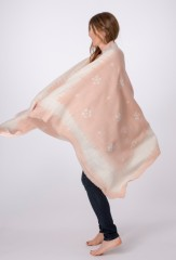 WOOL BANDANA SHAWL IN SHELL PINK & IVORY