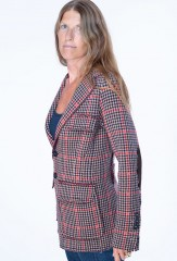 PLAID HACKING JACKET IN HONEY, PIRATE, EBONY & LA SCALA  100% CASHMERE