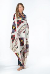 PYRAMID SHAWL IN IVORY WITH MULTICOLOR EMBROIDERY 100% CASHMERE, HAND EMBROIDERED