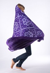 BANDED DIAMONDS AND FLOWERS SHAWL IN VIOLET C & IVORY  100% CASHMERE, HAND TIE DYED