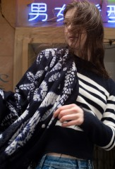 CÔTES RIZ PULLOVER IN PIRATE & CHALK 100% CASHMERE KALEIDOSCOPE KALAGAI SQUARE IN DARK NAVY & IVORY 100% CASHMERE, HAND DYED