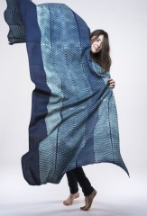 SHIBORI MINI DIAMONDS WRAP IN DARK NAVY & IVORY 100% KHADI COTTON, HAND DYED